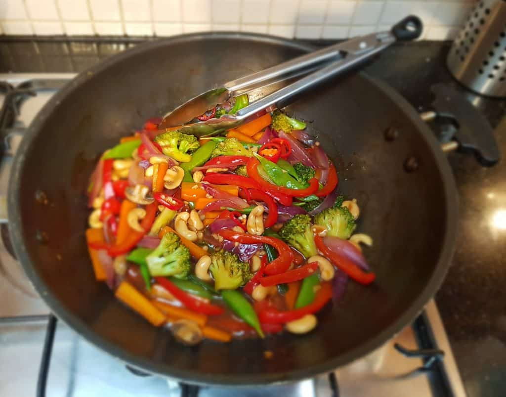 Only One Small Thing - This Easy Cashew Nut Stir Fry - Wok & Tongs
