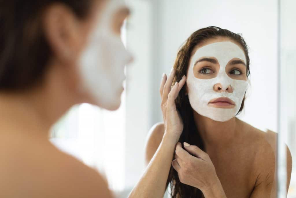 12 Tips to Create an Indulgent Spa Experience at Home - Facial
